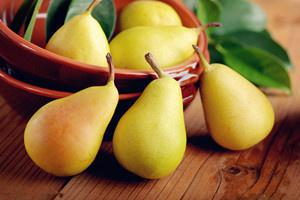 适合孕妇吃的八种水果-梨.jpg